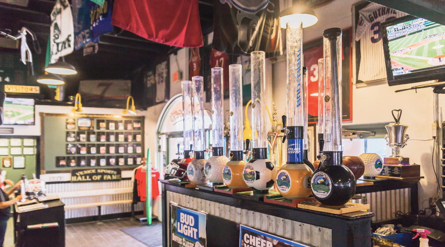 Beer Taps at Bogey's Sports Pub in Venice